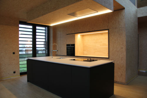 Keuken mdf zwart + OSB