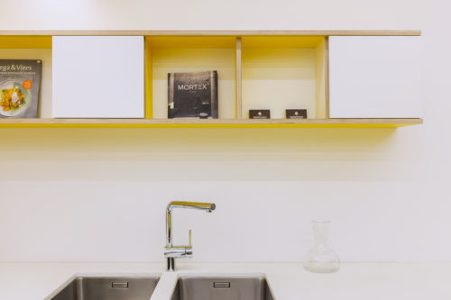 Keuken Mortex en berken multiplex