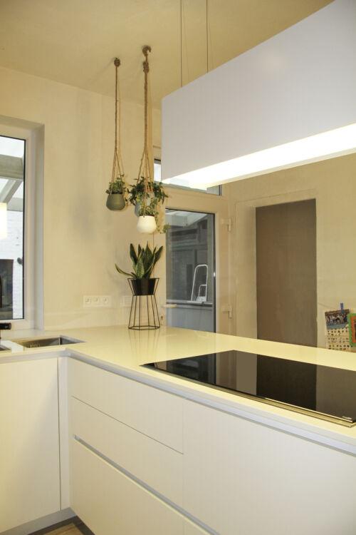 warme keuken met dekton werkblad
